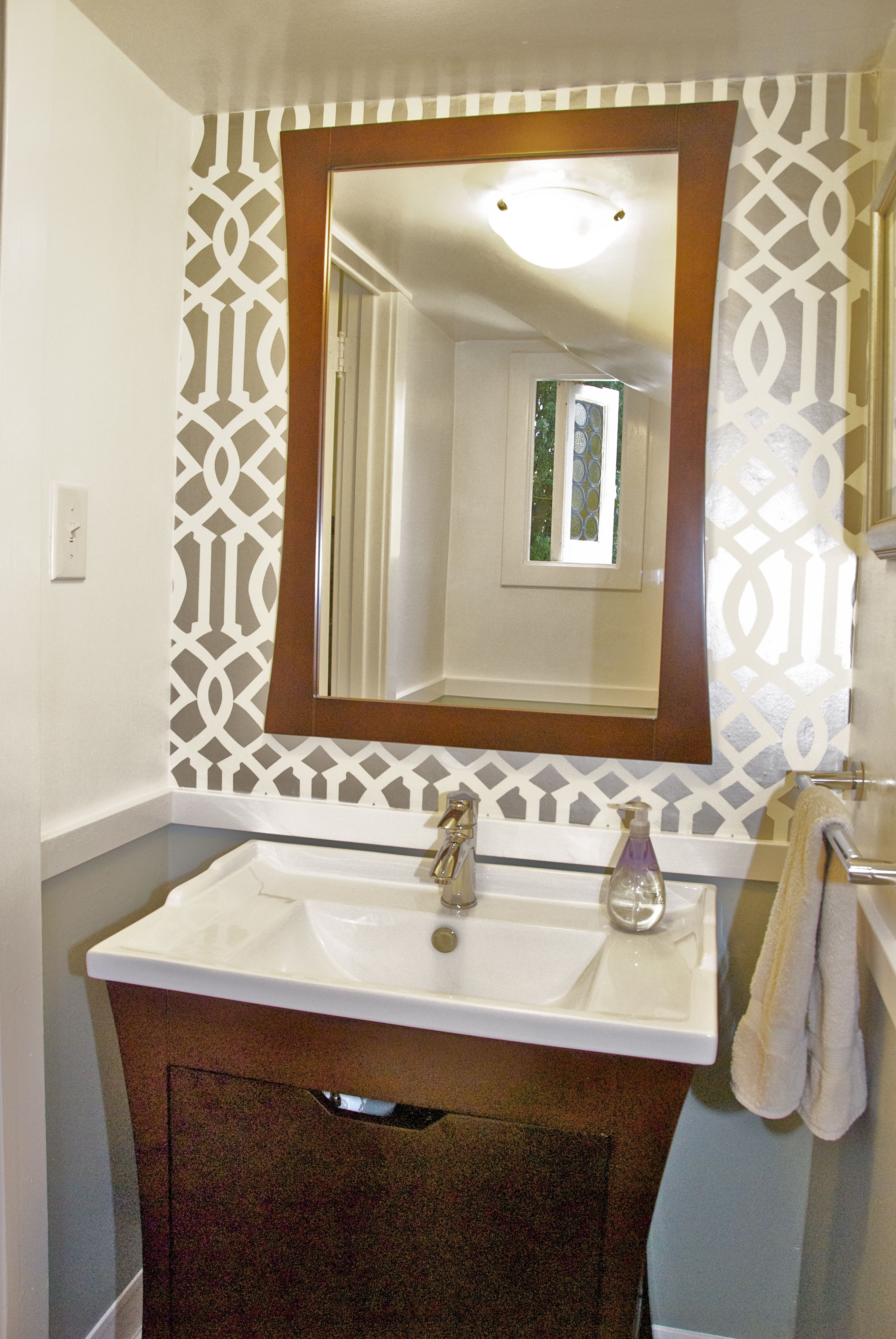 Tiny Powder Room Designs: Powder Room Reveal – Tiny Silver Gem