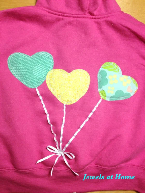 3-D balloon applique by Jewels at Home.