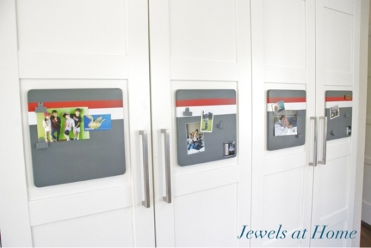 DIY racing stripe magnet boards.  Tutorial from Jewels at Home.