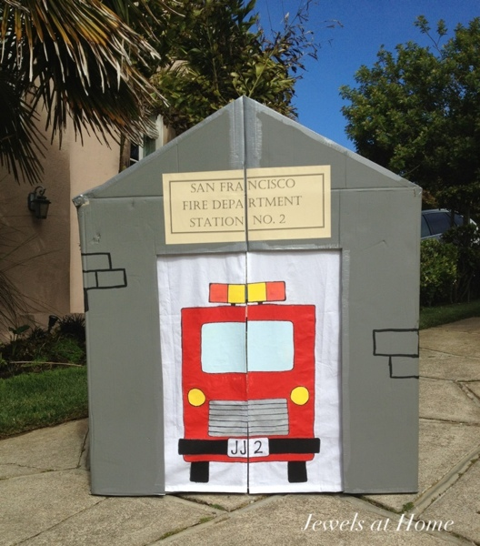 DIY fire station playhouse - it's foldable for storage!  Jewels at Home.