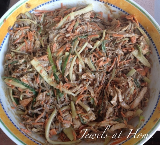 Asian sesame noodle recipe with lots of veggies the kids will eat! {Jewels at Home}