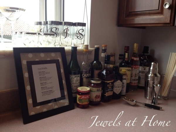 Mad Men party bar set-up with menu and collection of vintage Dorothy Thorpe glasses | Jewels at Home