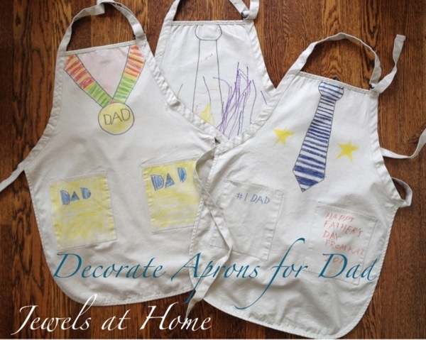 "Decorate ""tie"" and ""medal"" aprons for Father's Day.  Unique gifts for dad from kids 