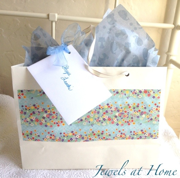 Custom gift bags | Jewels at Home