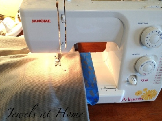 Pillows for dressing a daybed.  Instructions for sewing flanged pillow sham covers.  Jewels at Home