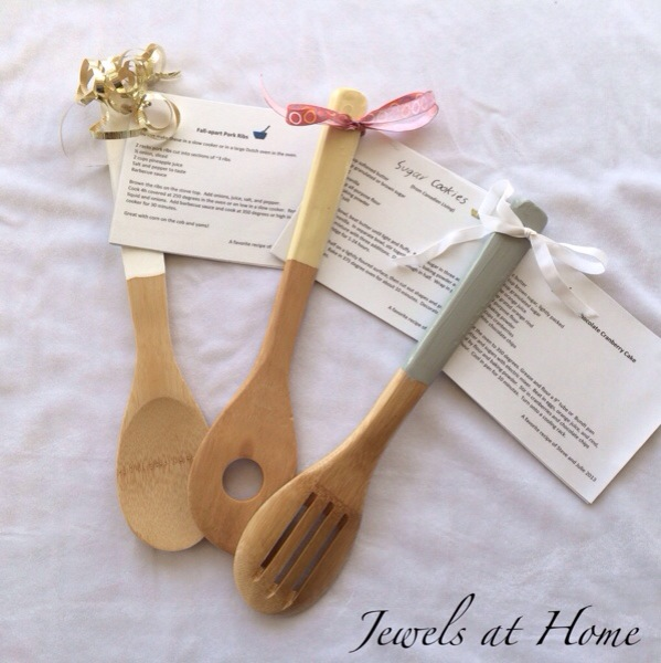 Teachers' gifts.  Dip-painted wooden utensils with your child's favorite recipes on cards | Jewels at Home