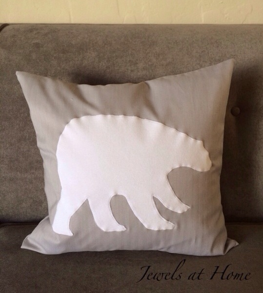 Polar Bear pillows in a simple white and gray color scheme for Christmas and the whole winter | Jewels at Home