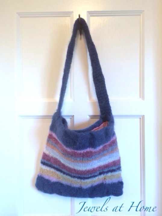Knitted and felted handbag with colorful stripes | Jewels at Home