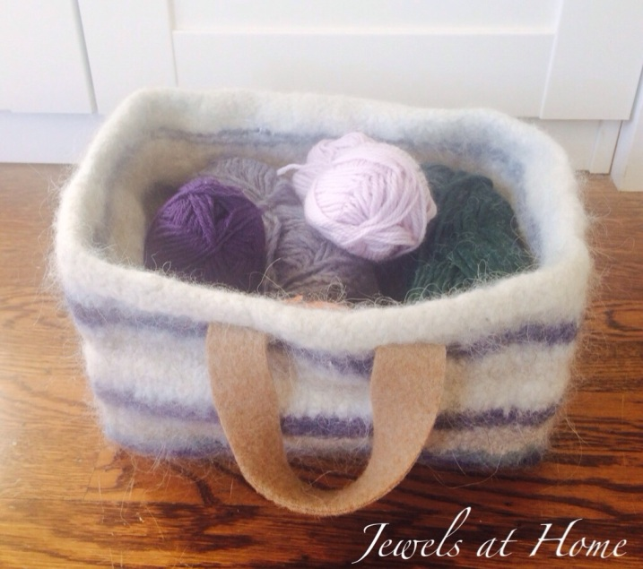 Instructions for knitting a pretty felted wool storage basket   Jewels at Home