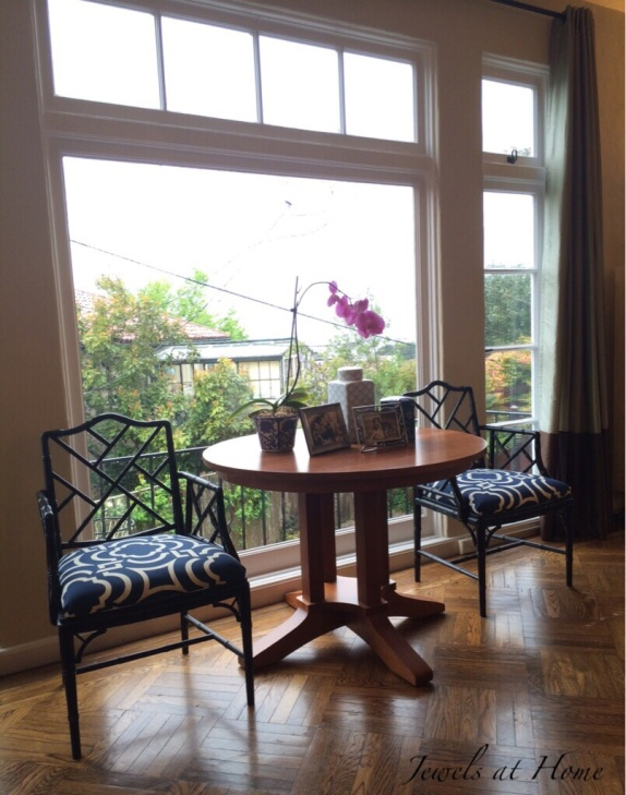 A vignette with pretty table and chairs | Jewels at Home