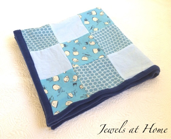 Fleece-backed baby quilt with modern, whimsical design | Jewels at Home