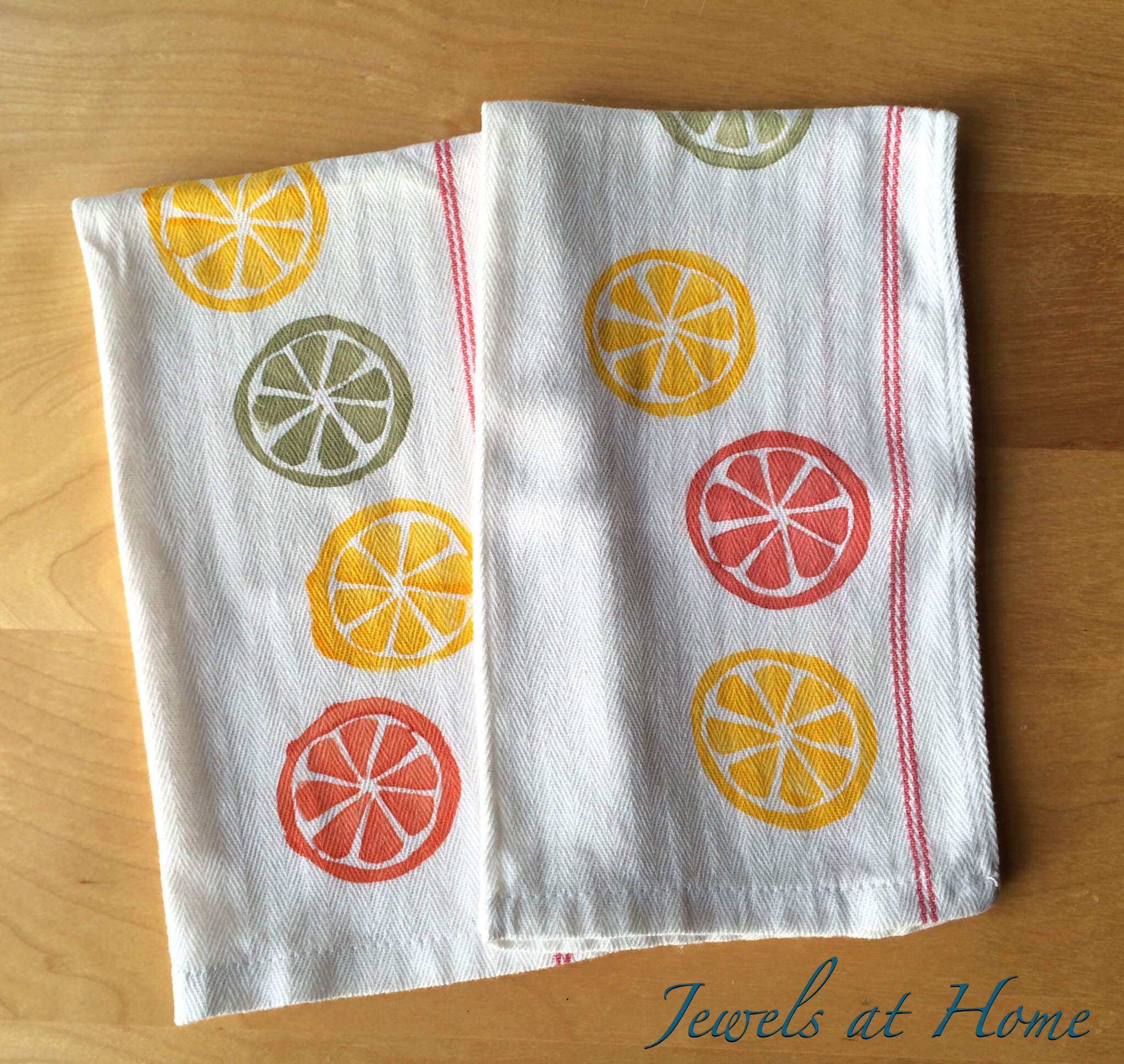 DIY Hand-Stamped Tea Towels – Teacher Holiday Gifts | Jewels