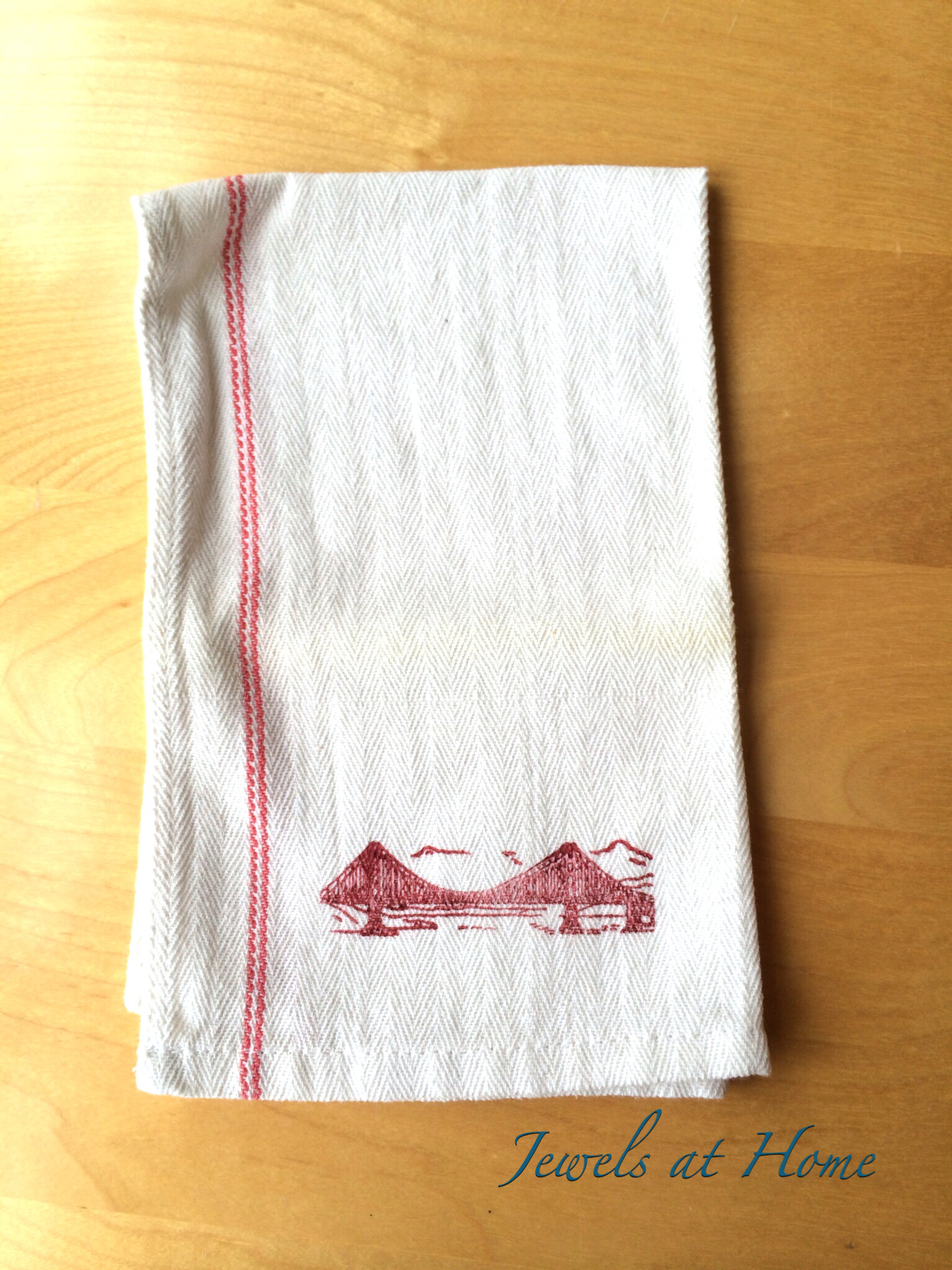 Diy Hand Stamped Tea Towels Teacher Holiday Gifts