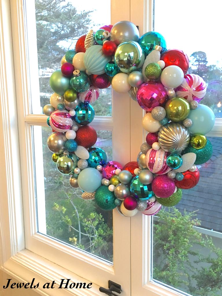 Mid-Century Retro Ornament Wreath | Jewels at Home